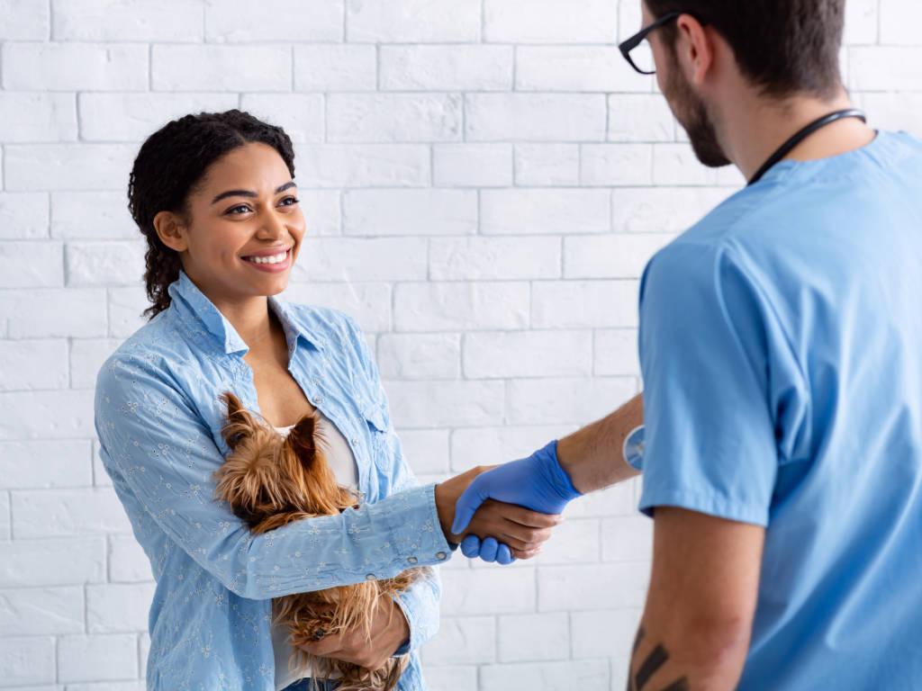 Se você está procurando dicas de como fidelizar clientes em sua clínica ou hospital veterinário, aqui é o lugar ideal.  Bom, quando você tem uma empresa ou estabelecimento comercial é fundamental…